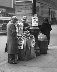 Apple seller in Great Depression